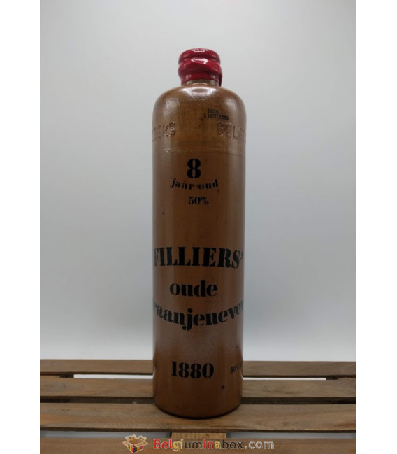 Filliers Oude Graan Jenever 8 year-old stone bottle 70 cl